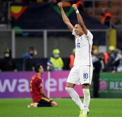法国击败西班牙成为国家联赛冠军