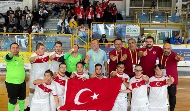 土耳其五人制足球队成为欧洲冠军