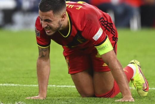 比利时主帅马丁内斯承认阿扎尔在医学上是完美的但我们都担心他的伤势
