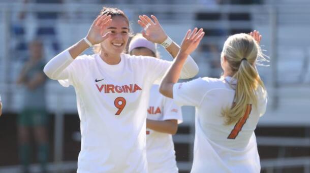 15 小时前 UVA女子足球在最新排名中位居全国第一