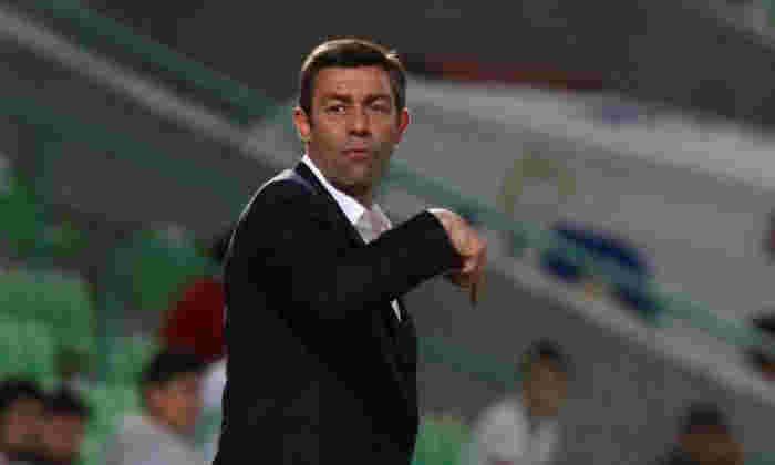 确认的:游戏员在三年合同上任命Pedro Caixinha作为他们的新经理