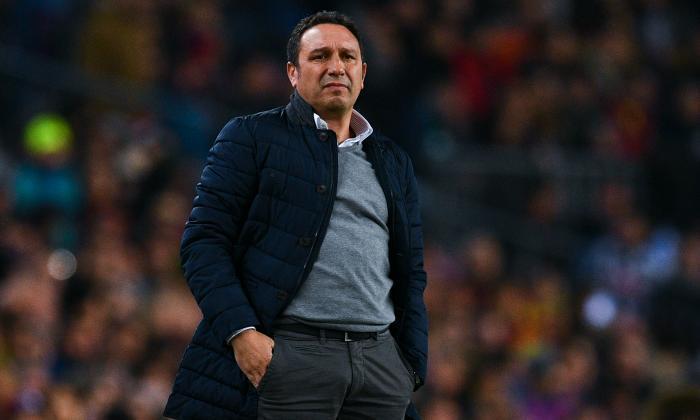 阅读Sociedad Head教练EuSebio Sacistan统治了巴塞罗那的工作