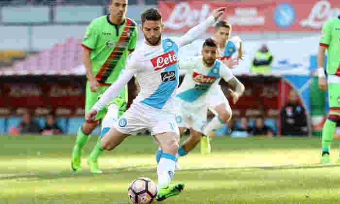 转移警报!Napoli Feaw Dries erents退出作为合同脱扣仍在继续,曼联已准备好突袭