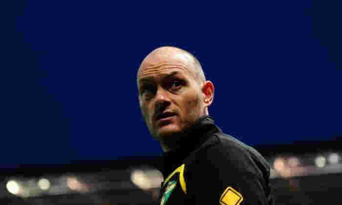 Alex Neil告诉Talksport,他将在接替的Gordon Strachan作为苏格兰老板
