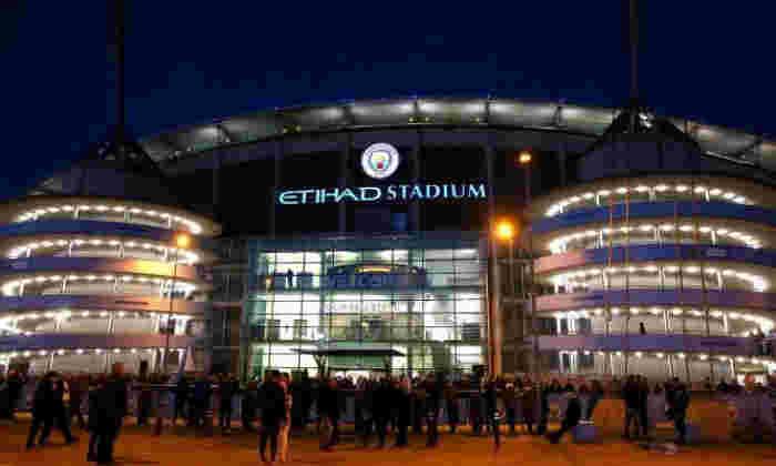 曼彻斯特城由UEFA罚款,在球场入侵,抛出物体和迟到的球队在第一腿冠军联赛领带到摩纳哥