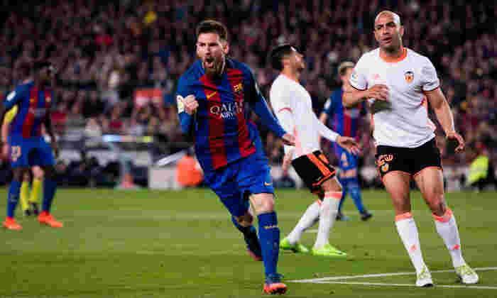 视频:巴塞罗那4-2瓦伦西亚:Lionel Messi击中括号,因为加泰罗尼亚巨人维持标题挑战